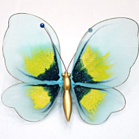 Бабочка средняя